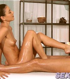 Sexy Czech babe giving an oily footjob