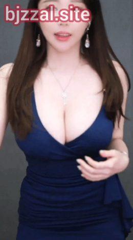 Korean cleavage
