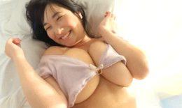 Rui Kiriyama busty in bed (LCBD-01061)