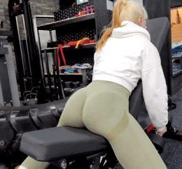 Well developed ass