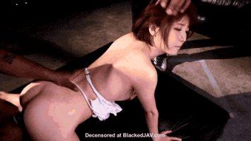 The lovely Kizuna Sakura in action